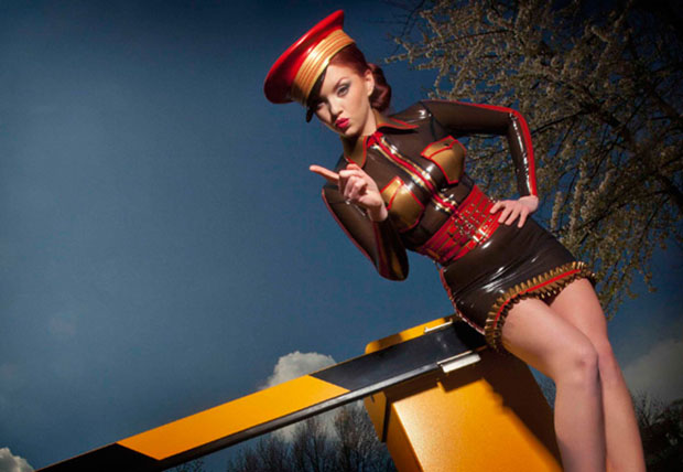 Latex Fashion by Bondinage