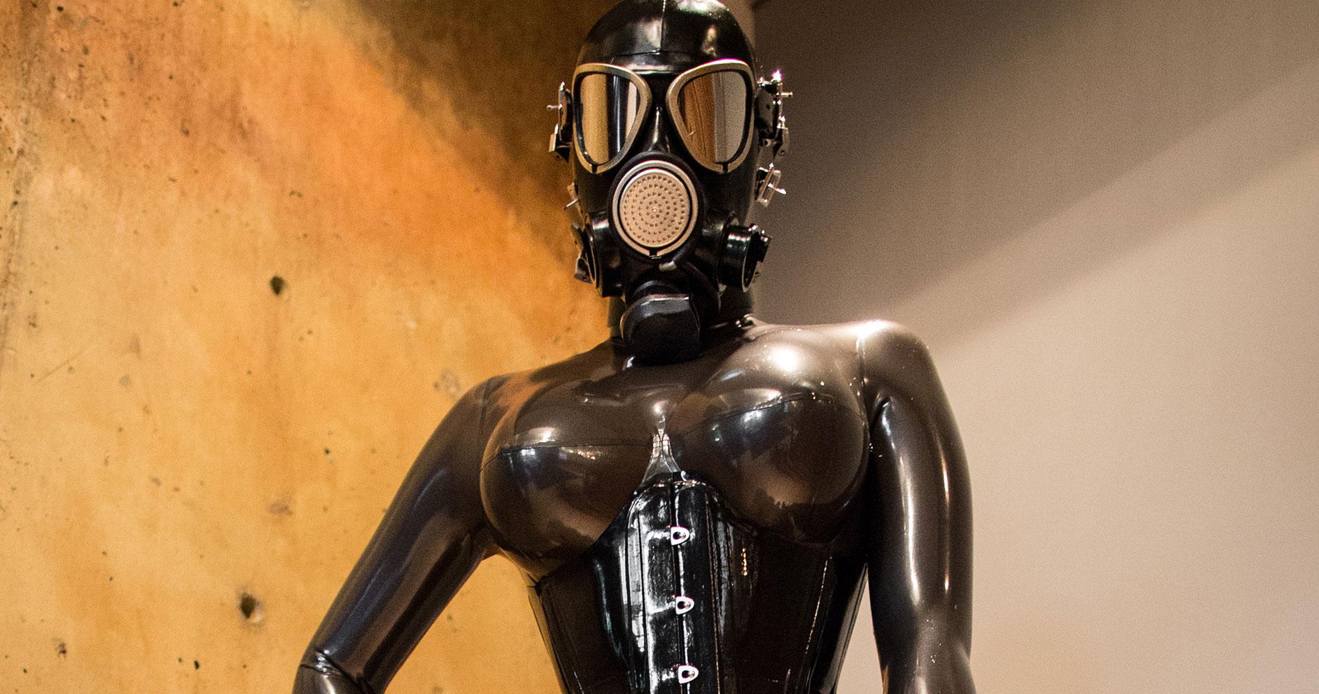 Demask rubber rituals part1 7