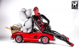 Fifi Goes To Paris: Photography by ARDIfoTO