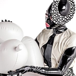 Rubber Fifi by Ardifoto/1