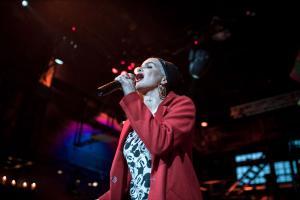 Honeyland Shows: Singer Jean Pearl