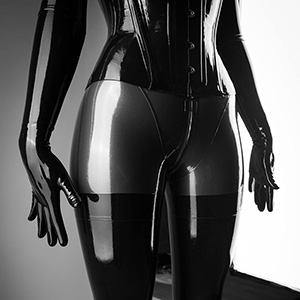 Reflective Desire: Latex